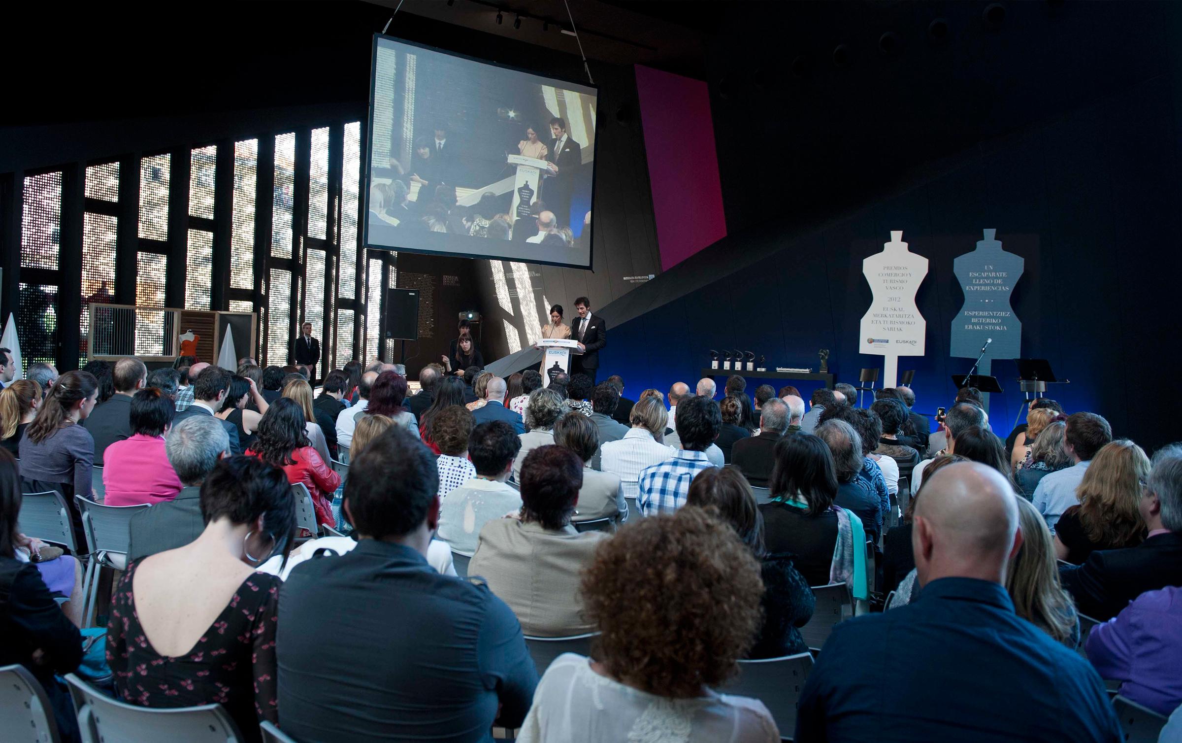 Acto celebrado en el Museo Balenciaga